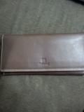 本革の長財布
